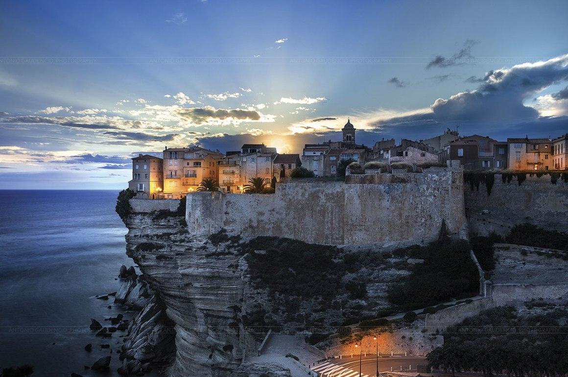 15 Ciudades amuralladas - murallas_hotbook_01