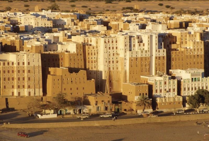 15 Ciudades amuralladas - murallas_hotbook_02-1024x696