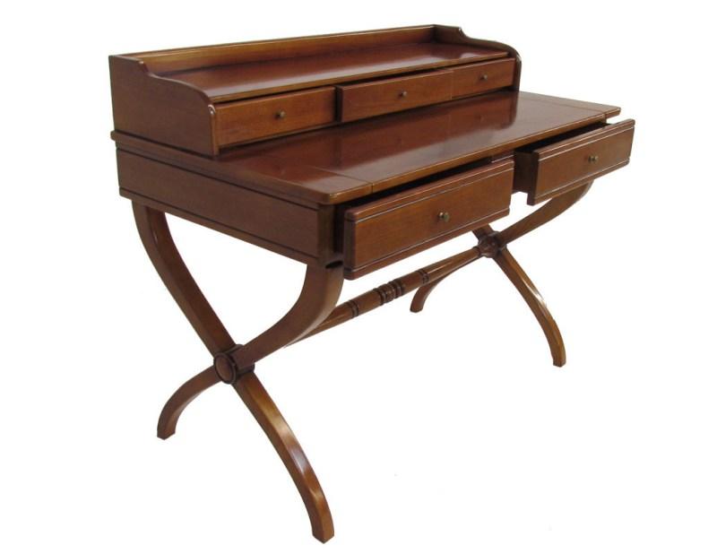 Mueblelo: la innovadora manera de decorar. - secreter-en-madera-de-caoba