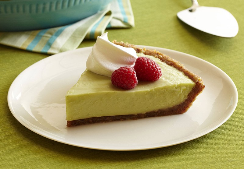 10 recetas para disfrutar del aguacate - california-avocado-yogurt-key-lime-pie
