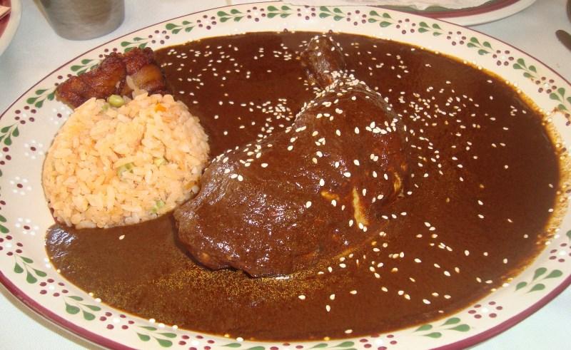 De chile, mole y pozole: los mejores restaurantes de la CDMX para las fiestas patrias - 2013-03-02-comida-en-las-chalupitas-12-mole