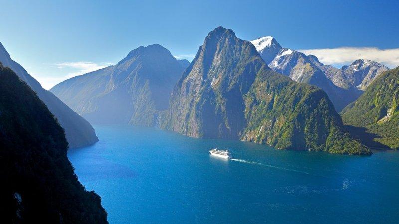 Los mejores cruceros según HOTBOOK - 70063-fiordland-national-park