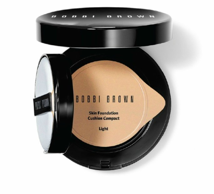 5 productos indispensables para una piel radiante - 111Bobbibrowncushioncompact