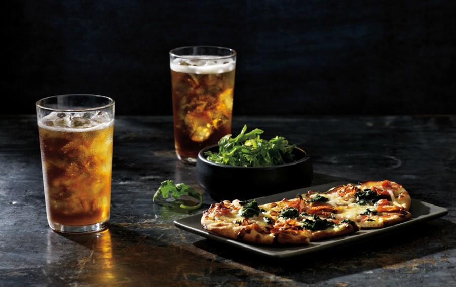 Hot Tea: Beneficios saludables de comer acompañado con té - TEAVANAfoto2(2)