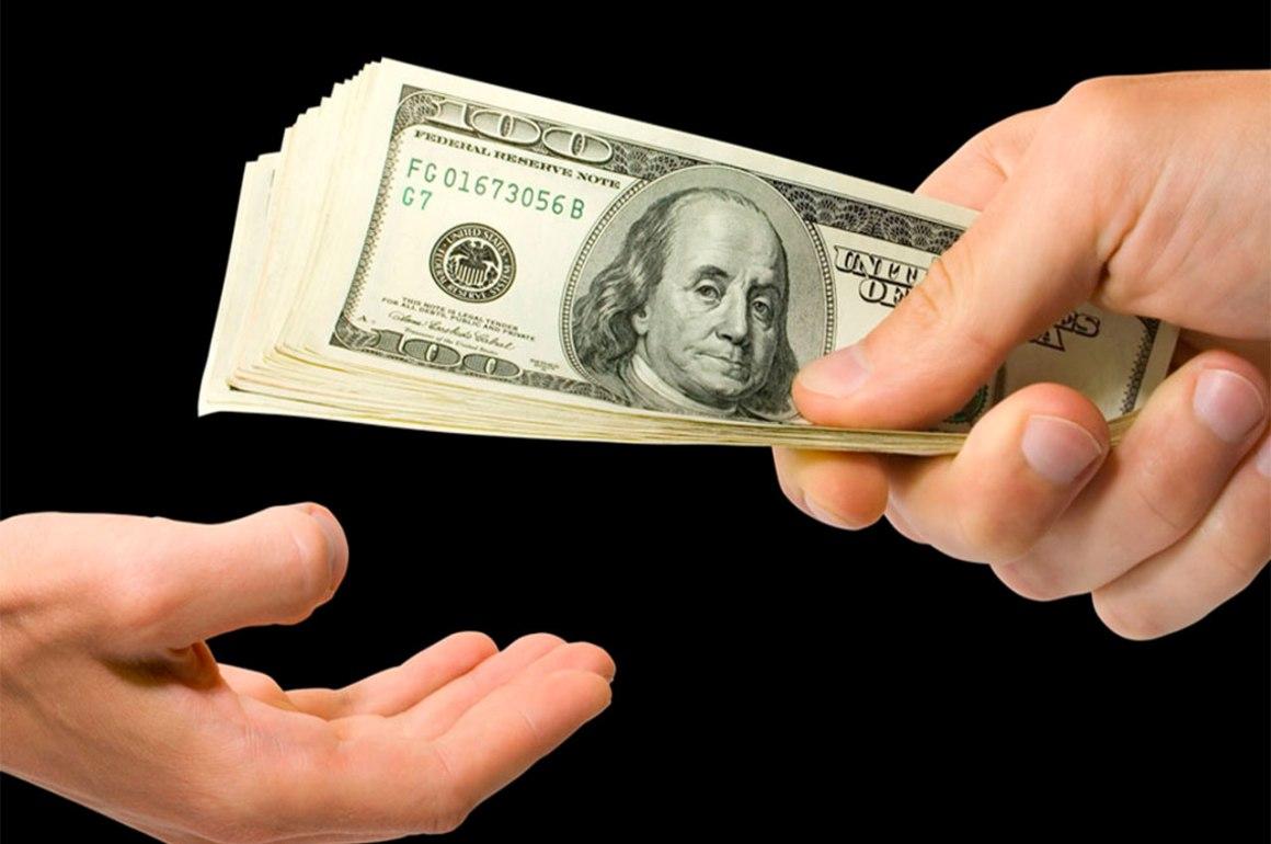 ¿Debo comprar dólares? - portada-dolares