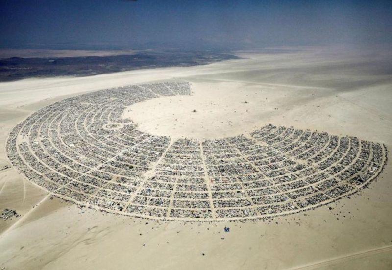 El arte, la libertad y el sentido de comunidad representan los principales valores del Burning Man Festival - burning-man-2
