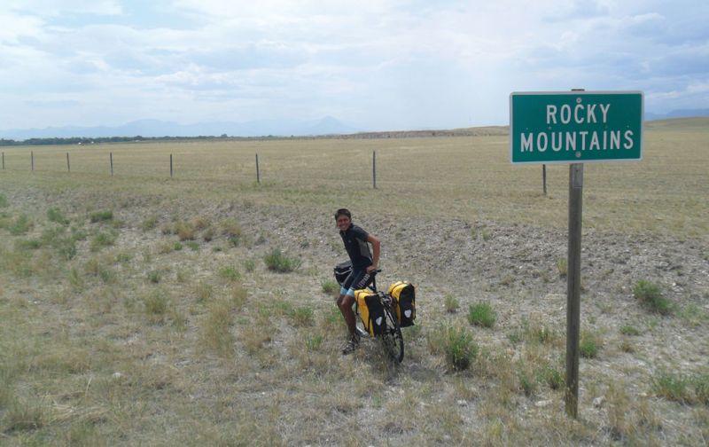 #THESTRANGE Carlos Santamaría, el ciclista más rápido en cruzar el continente americano. - carlos-santamaria-5