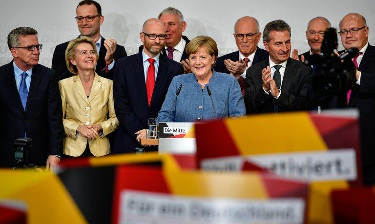 News Recap by Telokwento 30 de septiembre - merkel-extrema-derecha