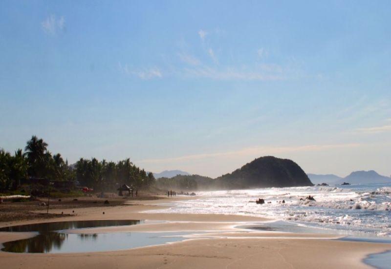 Las mejores playas para surfear en México - troncones