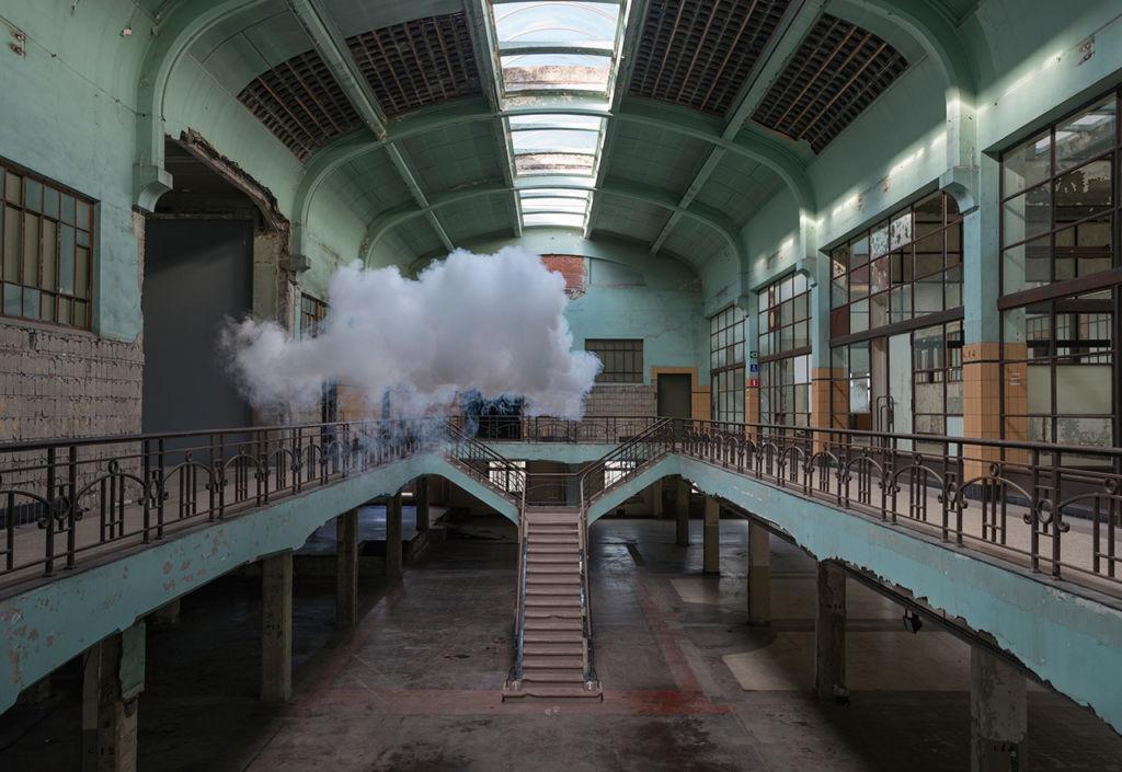 Berndnaut Smilde: El artista holandés que juega con límites entre realidad y ficción - Berndnaut Smilde - Portada