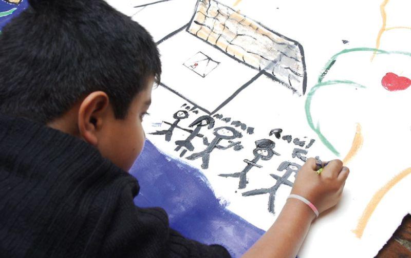 Emiliano Gironella, Arte que Cicatriza - Emiliano-Gironella-niño-dibujando