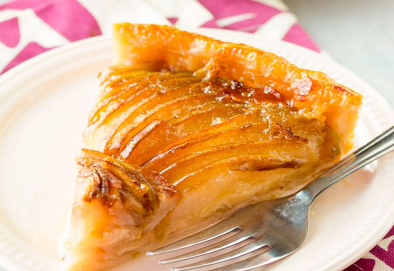 Los mejores postres para Thanksgiving - Postres-Thanksgiving-pear-and-brie-tart