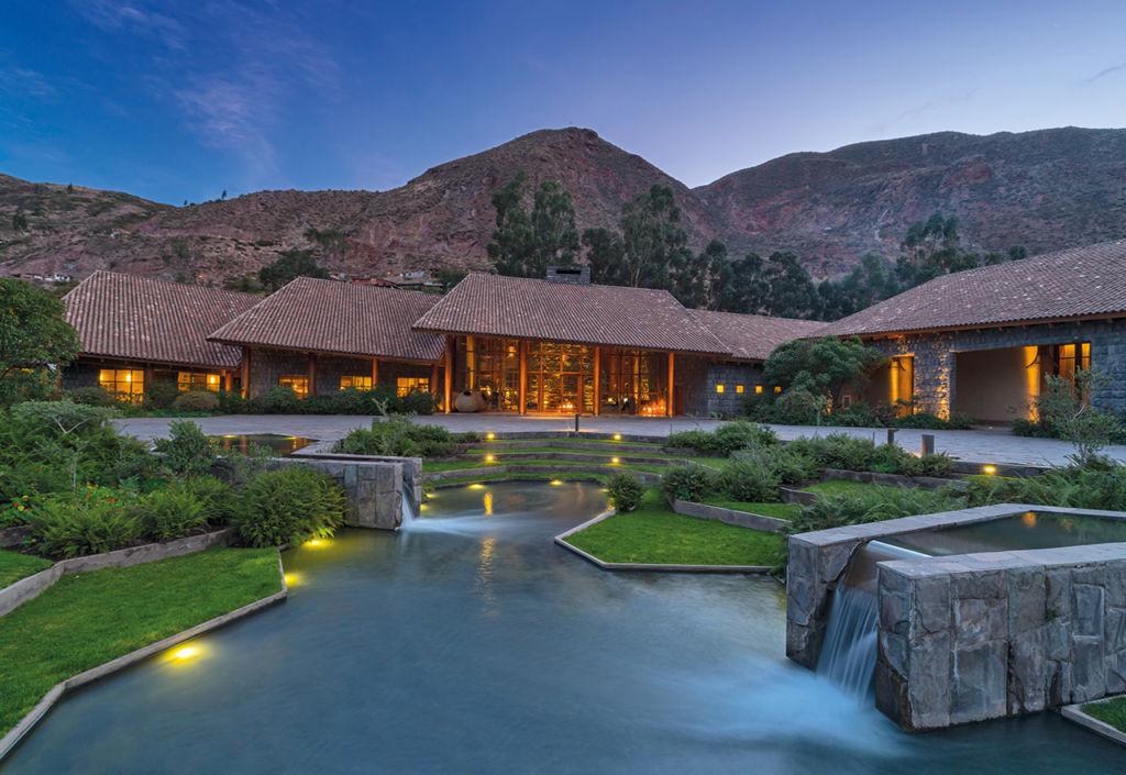 Tambo del Inka Resort - resort_tambo_dusk_PORTADA