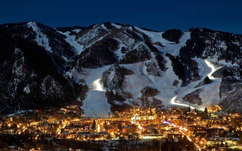Los mejores destinos para viajar esta Navidad - 7.-Aspen-Lugares-viajar-en-navidad