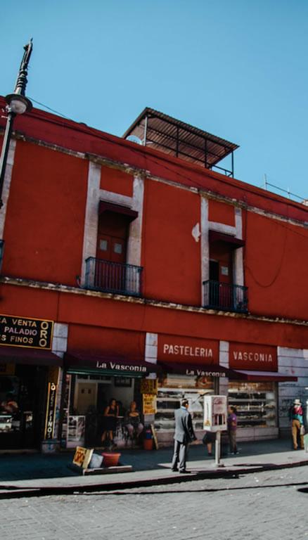 La panadería más antigua de México y su edificio histórico del siglo XVIII - panadería-más-antigua-2