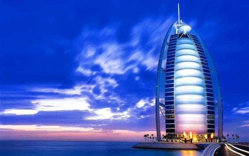 Las estructuras arquitectónicas más cool del mundo - 1.Burj-Al-Arab