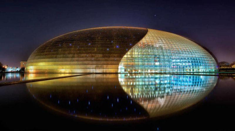 Las estructuras arquitectónicas más cool del mundo - 6.-Teatro-Nacinal-de-China-