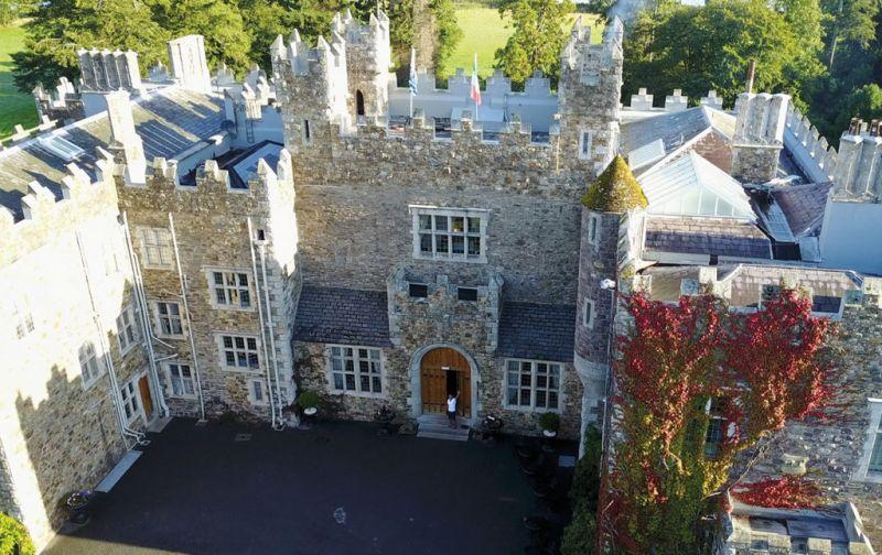 Augusto Valverde Hotguide - ireland-castle