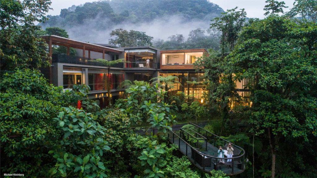 Mashpi Lodge, un oasis de lujo en medio de la selva tropical - mashpi lodge 1 portada