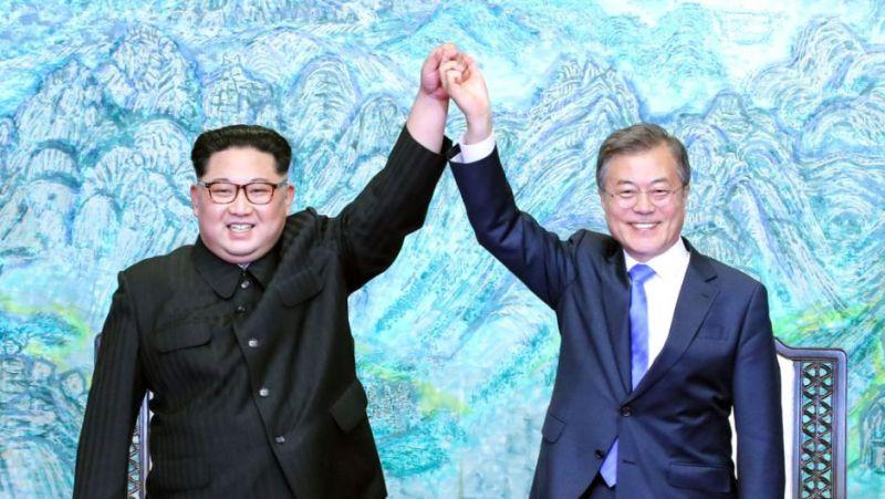News Recap Semanal by TeLoKwento - 05 de mayo - kim-jong-un-moon-jae-in