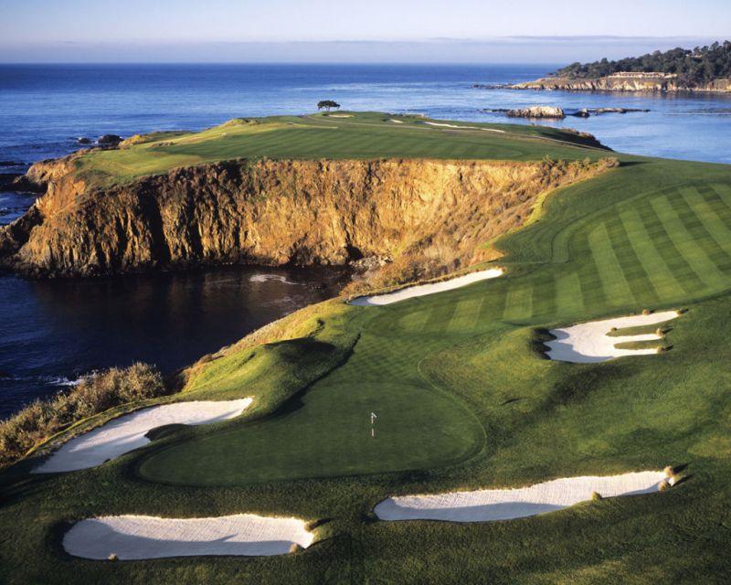 Campos de golf que vale la pena visitar en América - pebble-beach-ca