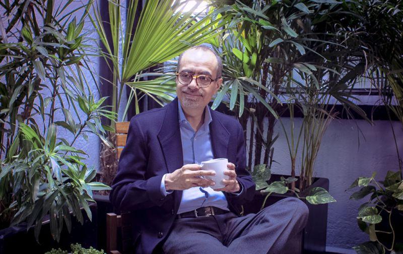 Héctor Zagal, gula y cultura de la academia a los anaqueles - hotbooks-sagal-st