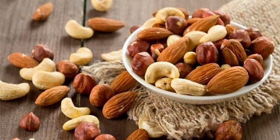 La importancia de hacer un detox - beneficios-de-una-dieta-detox-frutos-secos