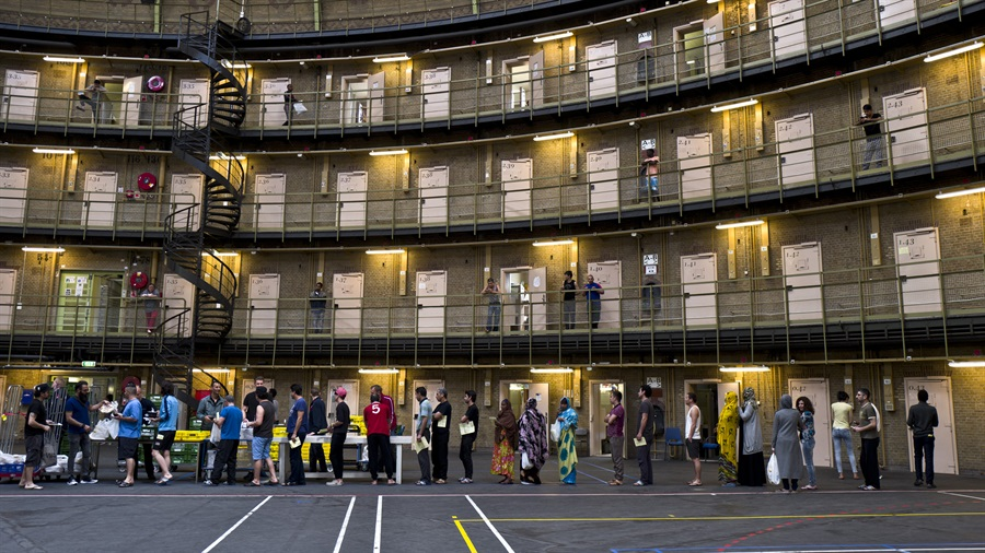 Las cárceles de Holanda se convierten en refugios y oficinas - Carcels en holanda 2 portada