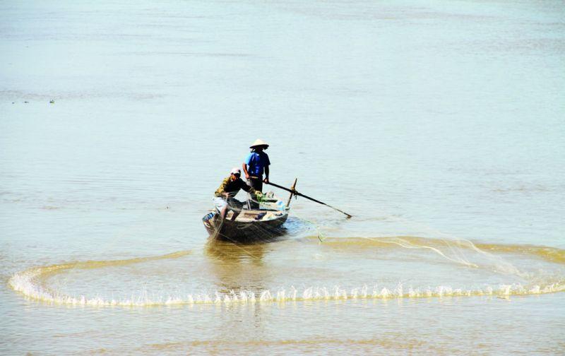 Vietnam: Hoi An y las montañas de mármol - hoi-an-lago-red-pesca-local