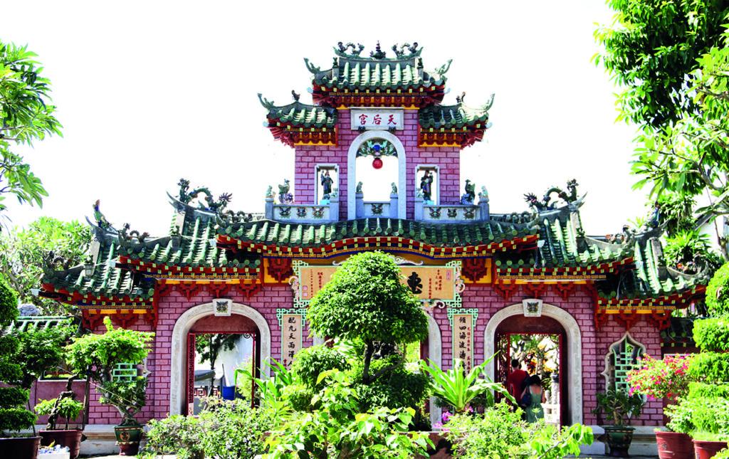 Vietnam: Hoi An y las montañas de mármol - HOI AN-TEMPLO