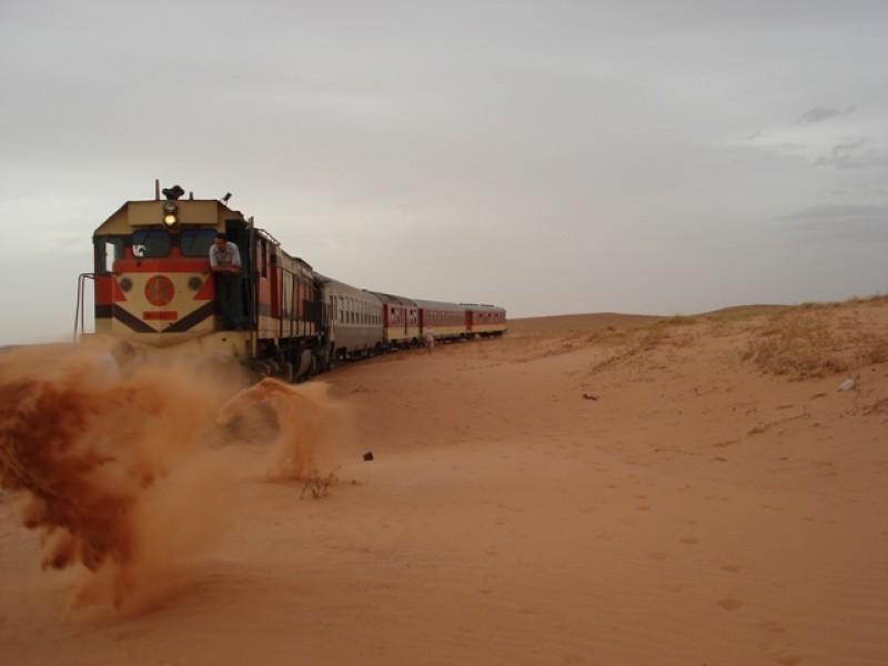 Sahara Railway: el ferrocarril con el trayecto más extremo del mundo - sahara-railway-1
