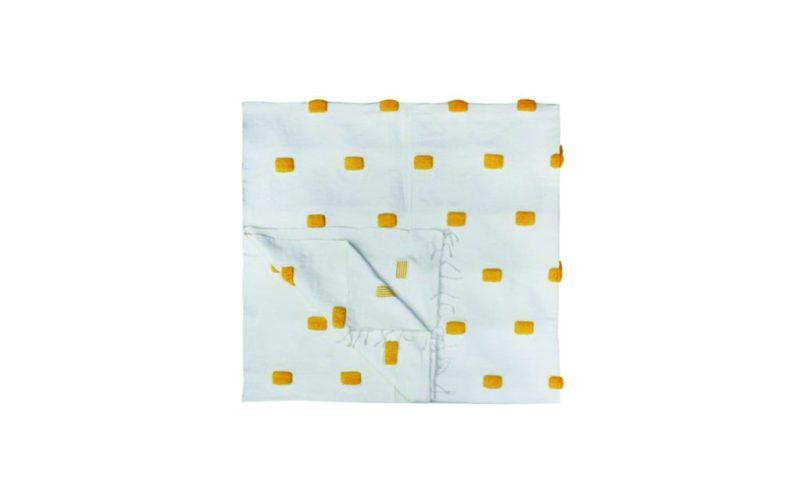 Home wishlist - wishlist-home-the-morroccan-room-manta-blanca-con-detalles-amarillos