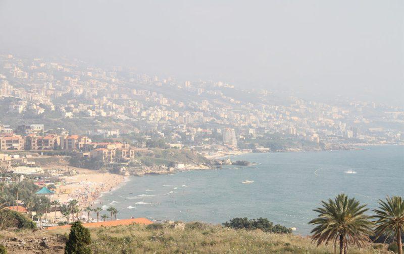 Beirut, el nuevo corazón del Mediterráneo - beirut-vista-playa