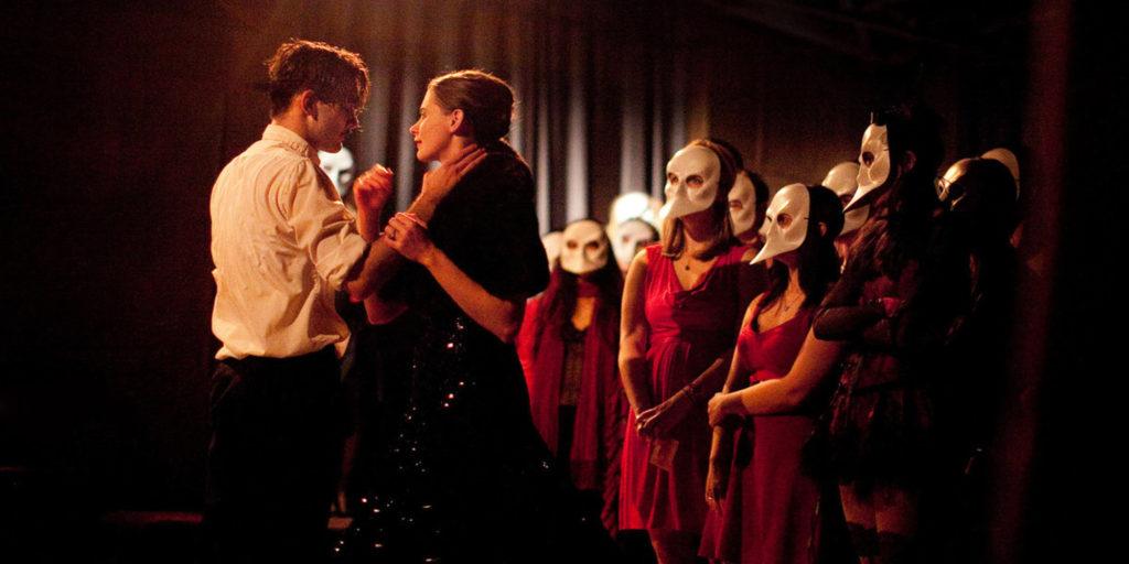 5 experiencias teatrales a las que debes asistir en Nueva York - ExperienciasTeatrales_PORTADA