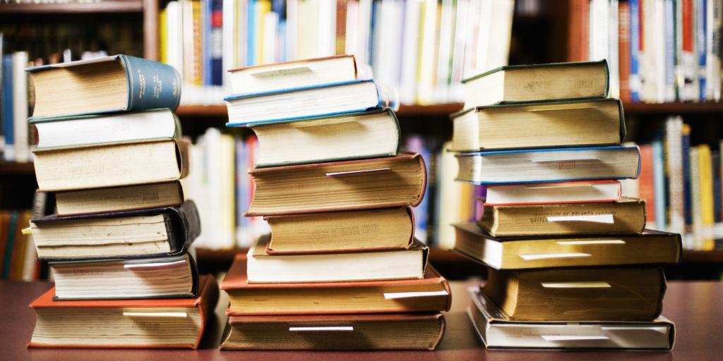 Los mejores microrrelatos para leer en tu tiempo libre - Los mejores microrrelatos portada