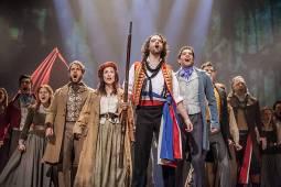 Los miserables, la obra que continúa sorprendiendo al público en todo el mundo - Los Miserables portada