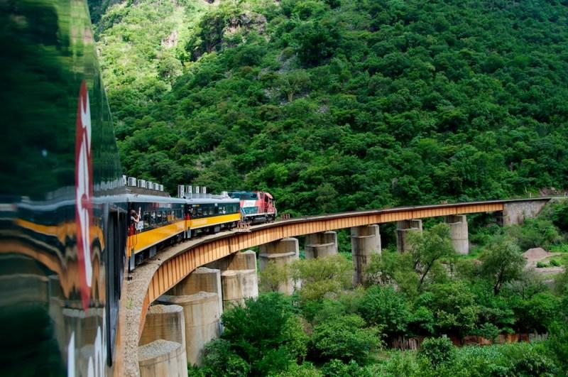 Los viajes en tren más impresionantes del mundo - viajes-en-tren-el-chepe-1