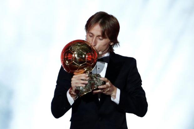 Luka Modric y Ada Hegerberg reciben el Balón de Oro - balon-de-oro-luka-modric