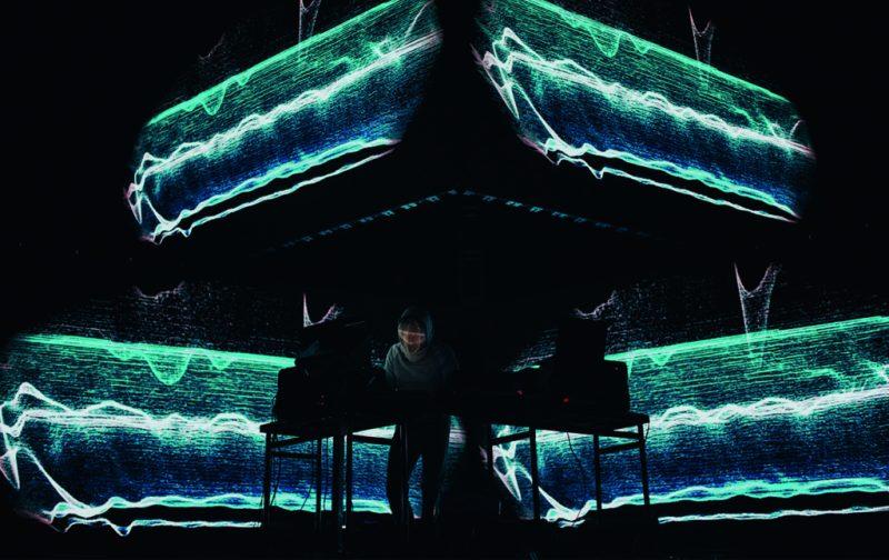 MUTEK, un diálogo entre el sonido y las artes visuales - mutek-5