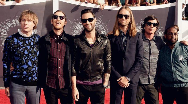 8 datos que probablemente no sabías de Maroon 5 - hotbook-datos-interesantes-que-probablemente-no-sabias-sobre-maroon-5-01