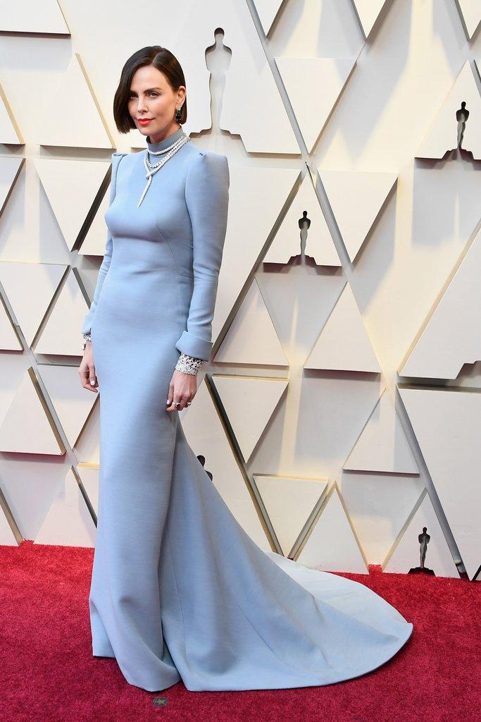 Los mejores red carpet looks de los Premios Óscar 2019 - hotbook_looksoscares_charlizetheron