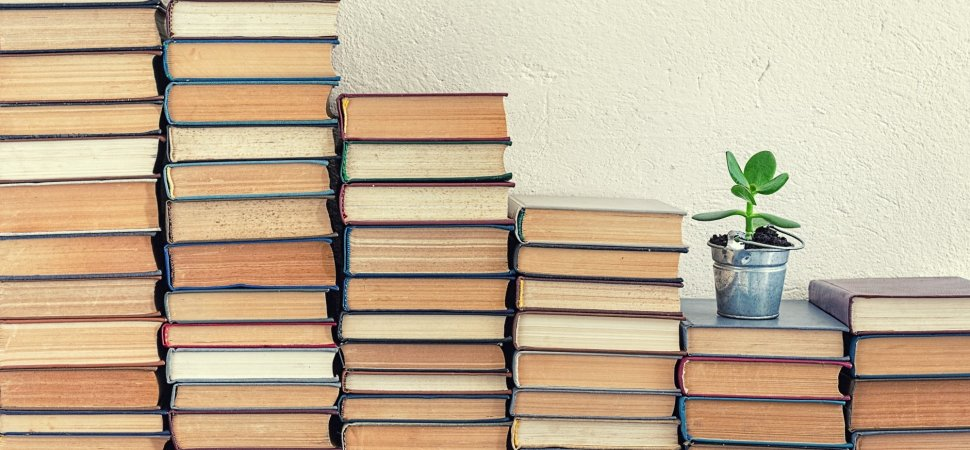 10 libros que te inspirarán a cambiar tu vida - Hotbook 10 Libros para ser mejor en la vida portada