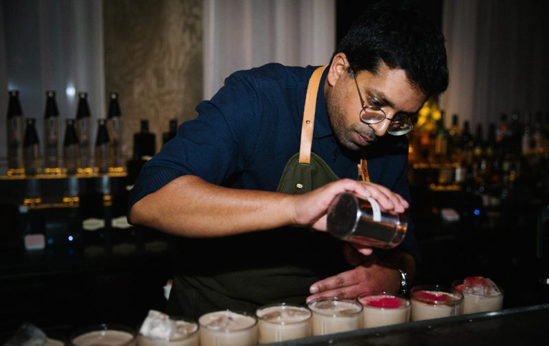 Erik Lorincz, uno de los bartenders más famosos del mundo - hotdrink-bartender-bar-drinks
