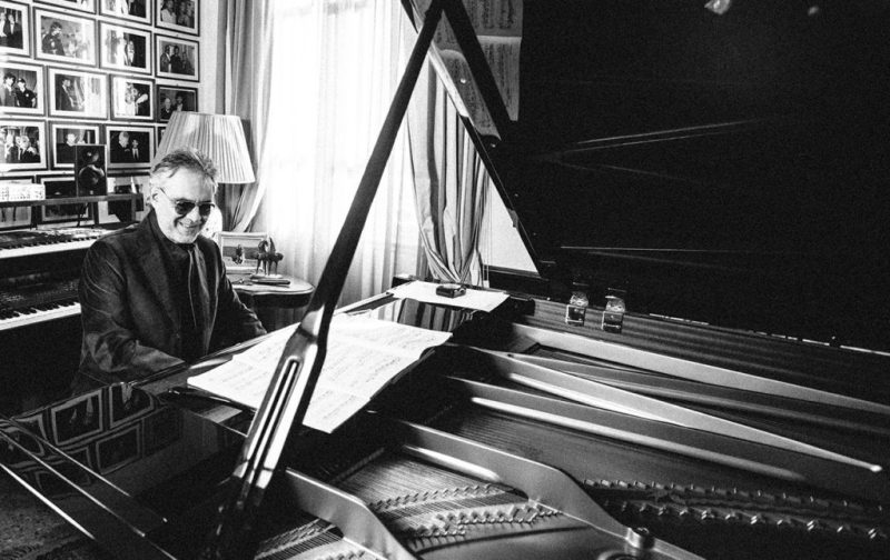Andrea Bocelli, entrevista con el tenor italiano - piano-musica-artista-andrea-bocelli
