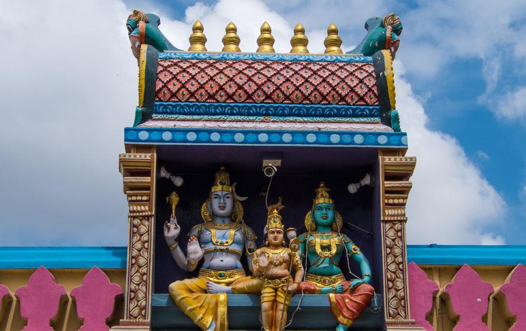 Karnataka: santuarios naturales, delirios de grandeza y contrastes urbanos - PORTADA karnataka cultura viaje colores