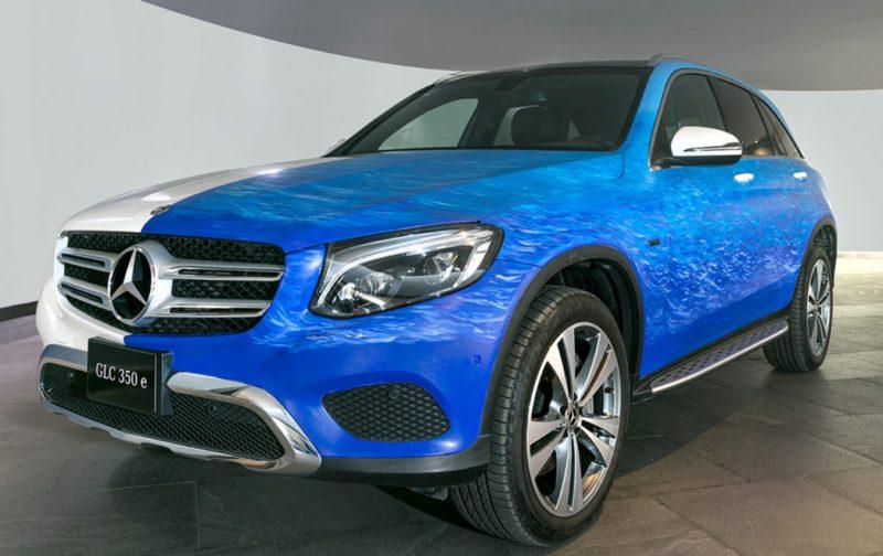 Marcela Cadena y su pasión por el azul - camioneta-mercedes-glc-350-e-azul