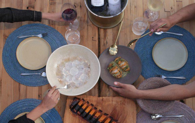 Bruma Vinícola y Fauna, un paraíso mexicano para los amantes del vino - fauna-comida-platos-vino-mesa
