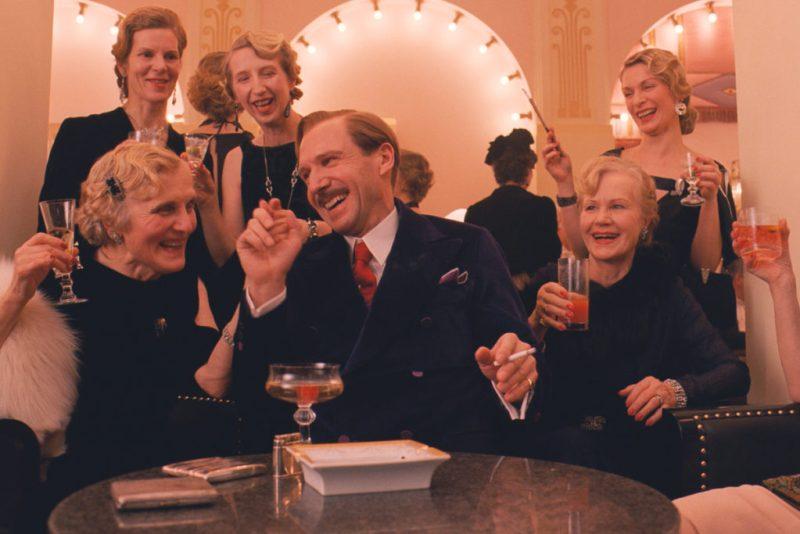 Cocteles que se han hecho famosos por una película - hotbook_coctelespeliculas_grandbudapesthotel