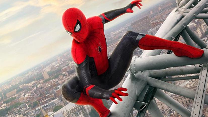 Spider-Man: Far From Home - Hotbook_SpidermanTrailer_Portada