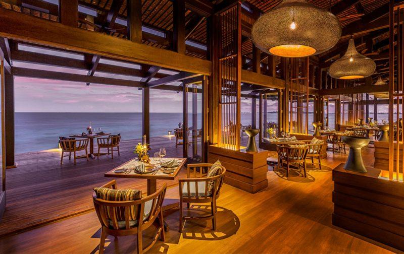 Kudadoo Maldives Private Island, un paraíso en medio del océano - kud-restaurante-isla-privada-maldivas